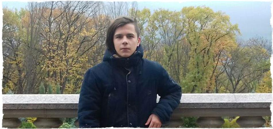 Коля Гнатюк спешит на ВидеоЖару